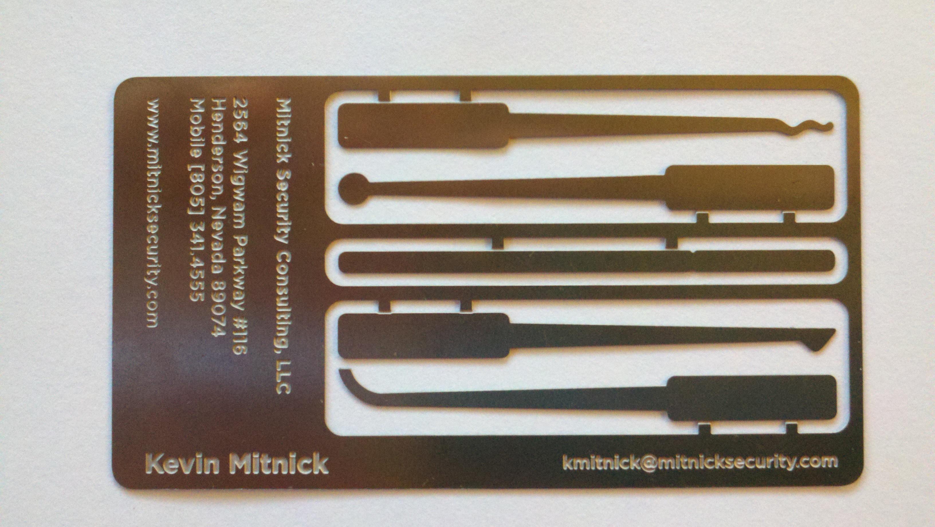Kevin Mitnick has a business card lock-picking set : lockpicking